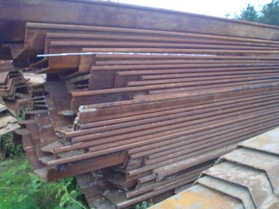 Barierki drewniane na schody zewnętrzne